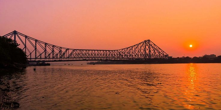 15 Reasons You Are Bound To Fall in Love with WestBengal  The striped Bengal tiger stealthily swims through muddy rivulets in the Sunderbans; while a bunch of European ghost towns line the banks of the Hooghly (Ganges) further upstream as reminders of the state's maritime heyday. http://blog.frogo.in/2016/04/06/15-reasons-bound-fall-love-west-bengal/