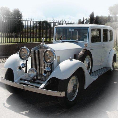 Auto d'epoca bianca Автомобиль эпохи белый