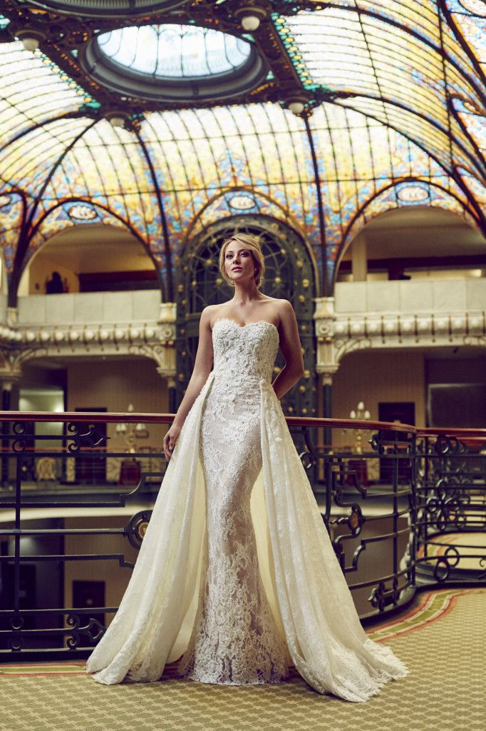 Vanessa Huppenkothen looking like an absolute dream in our EDITH gown, from our #PronoviasItBrides shoot in the famed Gran Hotel Ciudad de México where the movie Spectre 007 was filmed! : Dario Aranyo Photography