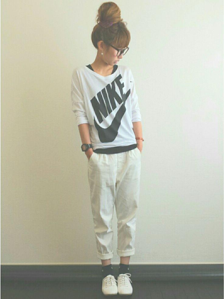 AyumiさんのTシャツ・カットソー「NIKE 」を使ったコーディネート