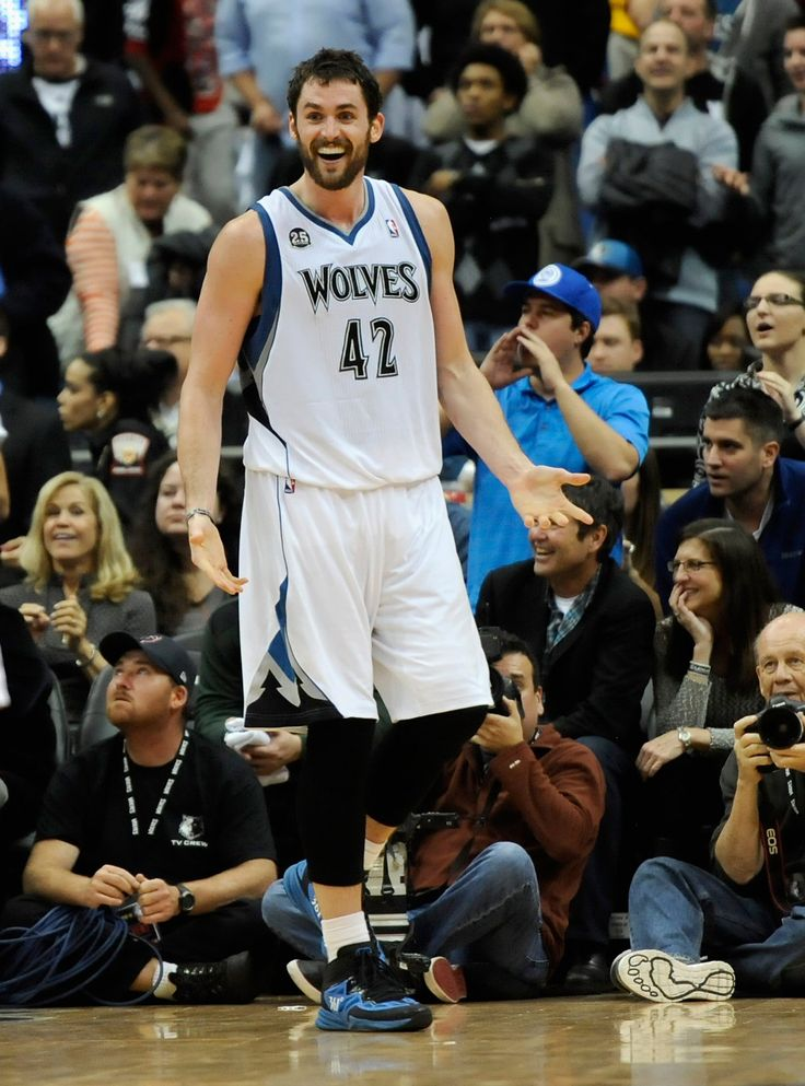 #NBAStars  #NBA  #Stars   Kevin Love - Age: 27 Team: Cleveland Cavaliers Known For: The three-time NBA All-Star also holds the record for most consecutive games with double figures in points and rebounds. Love played for the Minnesota Timberwolves for six years before being traded to the Cleveland Cavaliers this past year. Romantic Status: Love is currently dating actress and model Cody Horn. Look familiar?