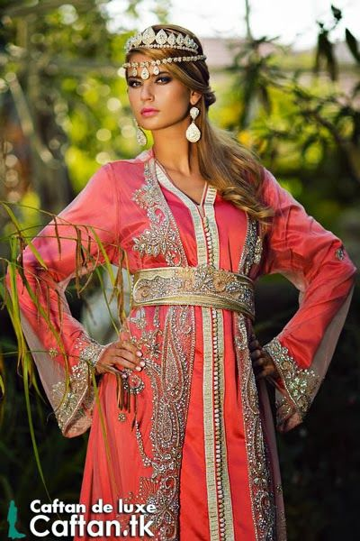 27 best images about mdress on pinterest haute couture for Caftan avec satin de chaise