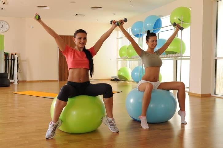 Functional Ball - это тренировка с использованием медицинских мячей. Тренировка является отличным началом для занятий после длительного перерыва. #фитнес #минск