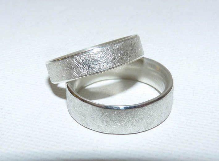 Verlobungs- o. Eheringe/Trauringe eismatt von Hilkka Seja Schmuck auf DaWanda.com