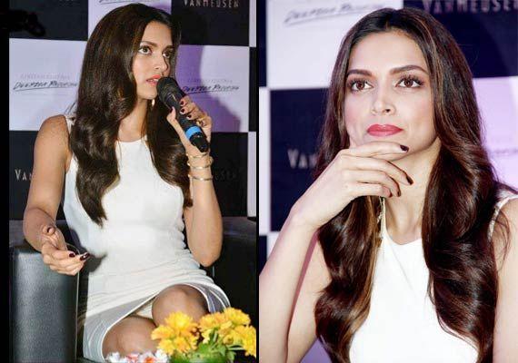 Deepika Padukone Wardrobe Malfunction Reveals Panty |Desifunblog | Deepika  Padukone | Pinterest | Deepika padukone, Wardrobes and Bollywood