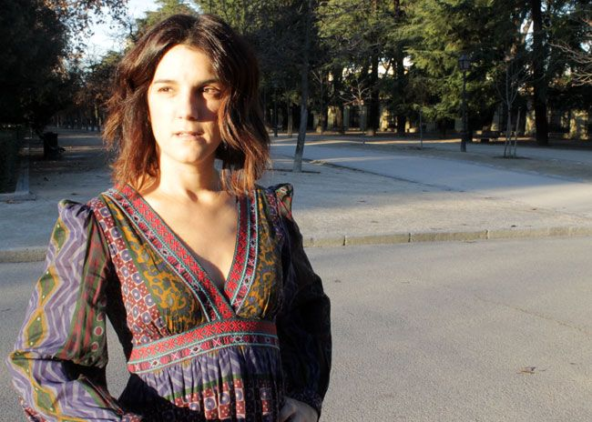 Look total Zara de temporadas pasadas. Vestido largo de estilo hippie folk y abrigo de ante y pelo sintético marrón chocolate