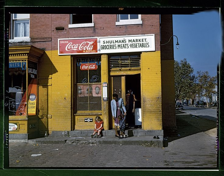 Shulman's Market on N Street at Union Street SW in D.C. (Louise Rosskam/Library of Congress/Courtesy of Taschen)