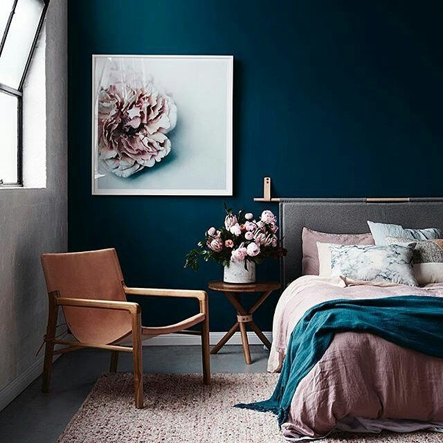 That blue wall is amazing!!! So deep...like falling into the ocean #Repost @thestylephiles with @repostapp styled by @mooreconcepts image by @evegwilson #shopthelook #barnabylane #thestylephiles #promotion #sale #loyalty #designer #inspiration #inspire #home #decor #decorate #interiors #interiordesign #obsessed #style #interiorstyle #interiorlovers #interior4all #decor #interiorinspiration #interior123 #sharemystyle #homestyling #homebeautiful #stylemyhome #homeinspo #dreamhome #homegoals