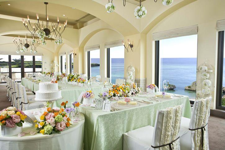 『ホテル日航アリビラ』 南仏を思わせる空間 *沖縄 披露宴 会場一覧*