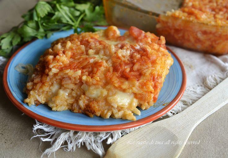 Riso con mozzarella al forno un primo piatto gustoso di facile esecuzione