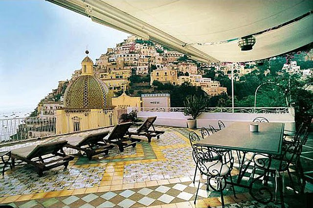 villa in Positano,  Amalfi Coast  my cousin went here few months ago, AMAZING!