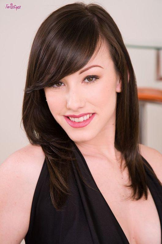 Jennifer White 5