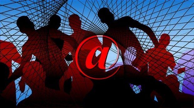 Millionenfacher Identitätsdiebstahl: BSI bietet Sicherheitstest für E-Mail-Adressen  http://www.cleankids.de/2014/01/21/millionenfacher-identitaetsdiebstahl-bsi-bietet-sicherheitstest-fuer-e-mail-adressen/44513