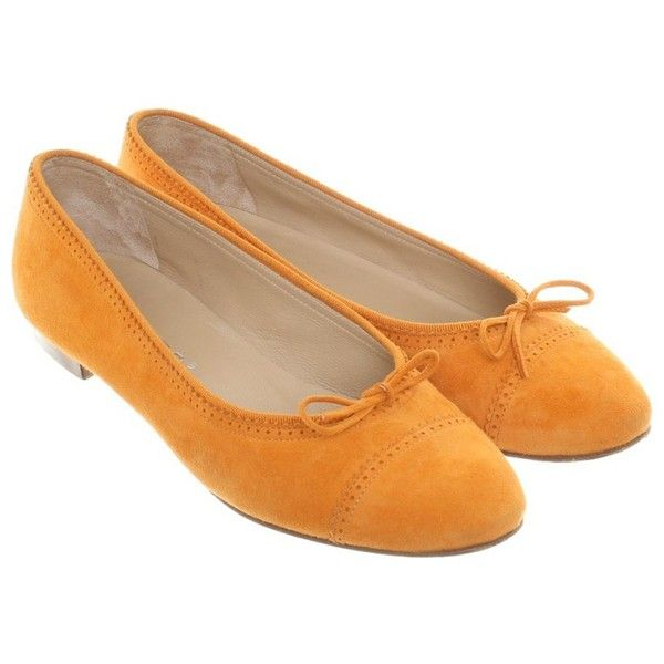 Pre-owned Ballerinas in Orange ($170) ❤ liked on Polyvore featuring shoes, flats, orange, suede ballerina flats, ballet flats, orange shoes, ballerina flats and ballet shoes