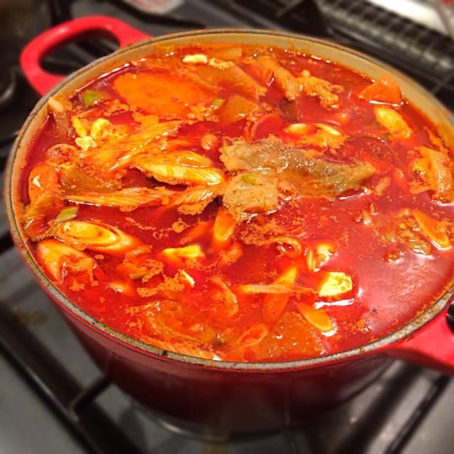 スタミナキングのテグタンスープに、豆腐と長ネギとご飯を加えてクッパに。堪らん。 - 7件のもぐもぐ - テグタンクッパ by Junya Tanaka