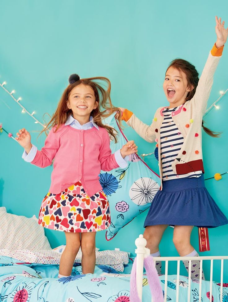 Mix and match colorful patterns and easy-to-wear cardigans, tees, and skorts. Lands' End is your back to school smart stop for quality, kids' styles, and great values.