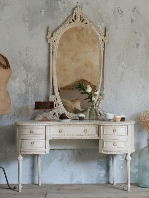 116 best vintage images on Pinterest   Vanity tables  Home and Vintage  vanity116 best vintage images on Pinterest   Vanity tables  Home and  . Off White Vanity Table. Home Design Ideas