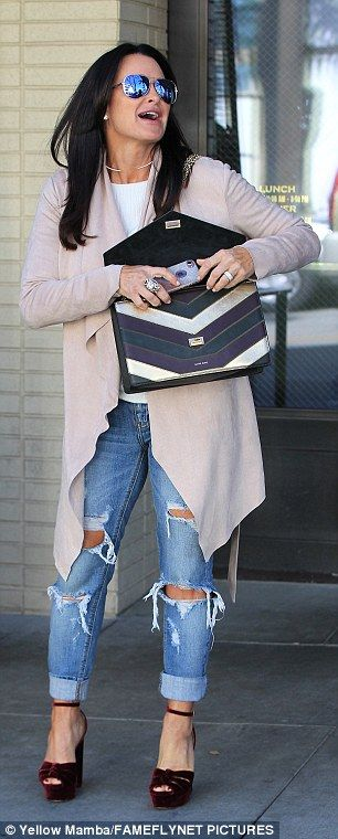 Street Style - Kyle Richards out in LA | Daily Mail Online