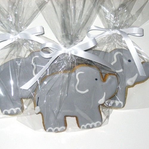 @Rachel Johnson i dont know if we could make the other ones, but we could make these really easily if we had an elephant cookie cutter