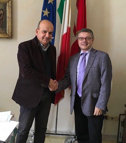 Incontro tra il sindaco Dosi ed Elio Padovano nuovo direttore dellAgenzia delle Entrate di Piacenza