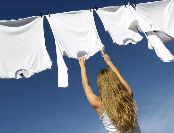 Moje ponožky a tričká sú belšie ako sneh. Vďaka tomuto triku budú ako nové. Zabudnite na zažratú špinu… | Báječné Ženy