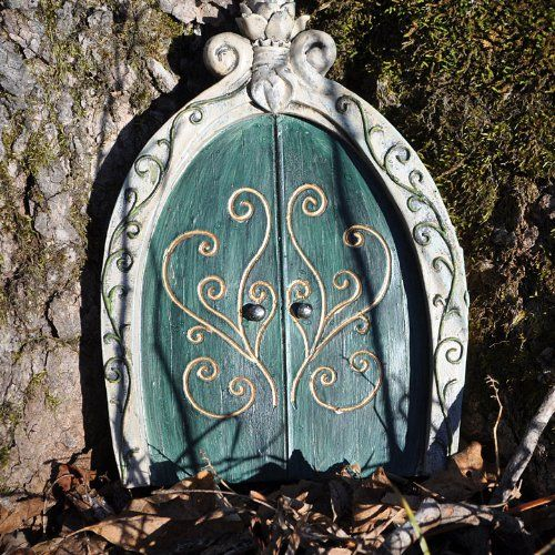 1000 images about jade 39 s fairy garden on pinterest for Real fairy doors
