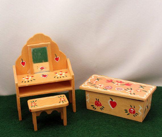 Miniature Dollhouse Furniture Penn Dutch by MothersMiniTreasures