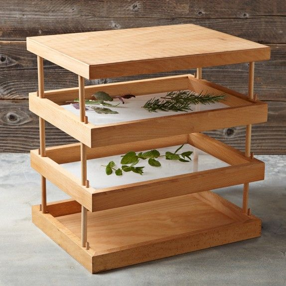 Wooden drying rack woodworking plans woodworking for Wooden clothes drying rack plans