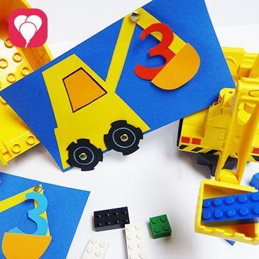 Beim Bauarbeiter Kindergeburtstag ist unsere DIY Bagger Einladung der perfekte Weg, die kleinen Baumeister zur Party zu locken - wir zeigen Dir auf blog.balloonas.com, wie's geht! Schau doch gleich mal auf blog.balloonas.com vorbei und entdecke die vielen Ideen für Deinen nächsten Kindergeburtstag. #kindergeburtstag #motto #mottoparty #balloonas #bau #bauarbeiter #baustelle #bob #einladung #invitation