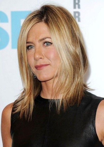 Jennifer Aniston shoulder length hairstyles