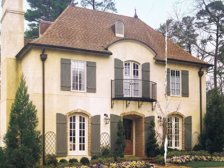 French country exterior home exteriors pinterest exterior colors the balcony and french - Chic french country inspired home real comfort and elegance ...