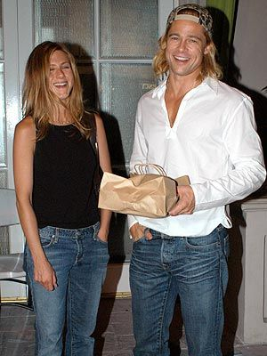 Brad Pitt Jennifer Aniston Divorce | really love the pair of Jennifer Aniston and Brad Pitt. They look so ...