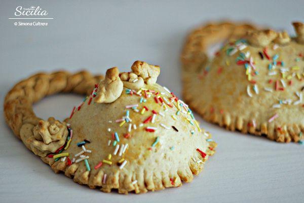 Divertenti da preparare e molto colorati sono i dolci tipici del periodo Pasquale