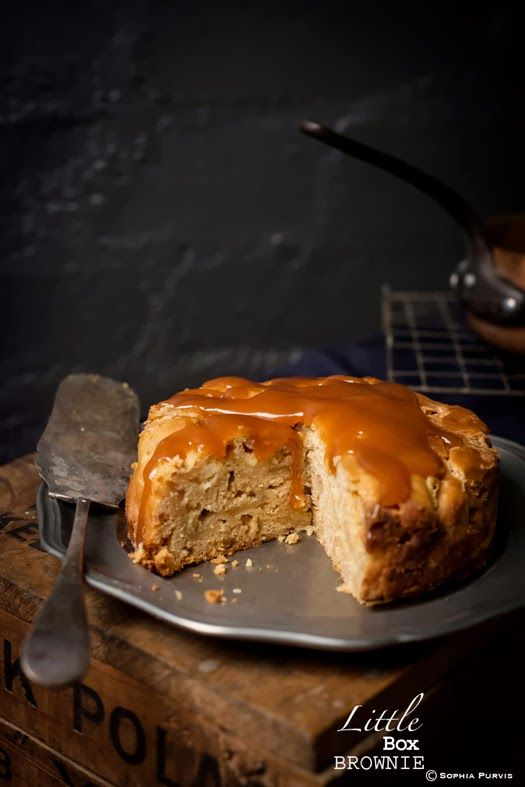 recipe: pear cake with caramel sauce [20]