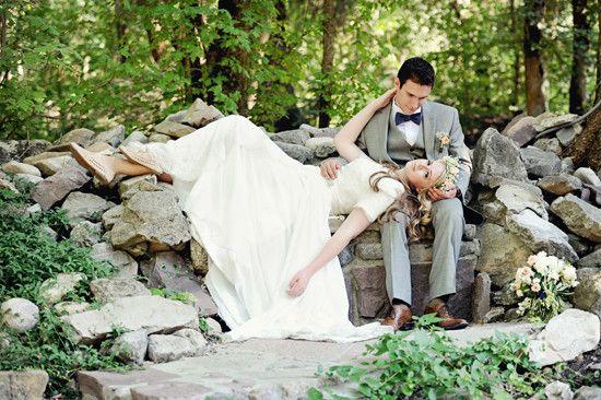 Leg dich in dein Hochzeitskleid – liebe das! {AlliChelle Photography}   – Bohemian Chic Wedding Ideas