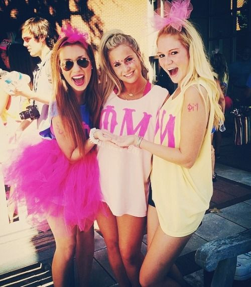 What is YOUR chapter wearing on Bid Day? - Love these Phi Mu tanks!