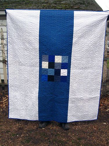 I like this! It is the quilt back but could be the front.  So simple and striking.