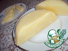 Сливочный сыр === Творог 1 кг -- Молоко1 л -- Яйцо 3 шт -- Масло сливочное 100 г -- Сода 1 ч. л. -- Соль по вкусу