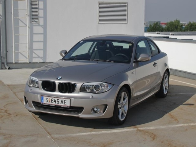 [BMW 118d Coupé] Für das neue Modelljahr hat BMW das 1er Coupé und Cabrio einer Frischzellenkur unterzogen. Wir haben die günstigste Variante für Sie getestet. #bmw #1er #coupe
