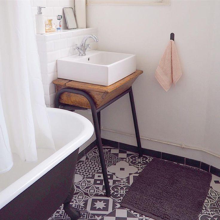 les 25 meilleures id es de la cat gorie bureau d colier sur pinterest bureau ecolier ancien. Black Bedroom Furniture Sets. Home Design Ideas