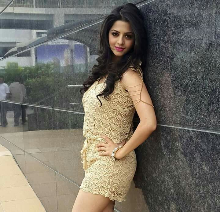 After appearing in supporting roles in the Malayalam film Neelathamara and  Veerasekaran in Tamil, she received critical ...