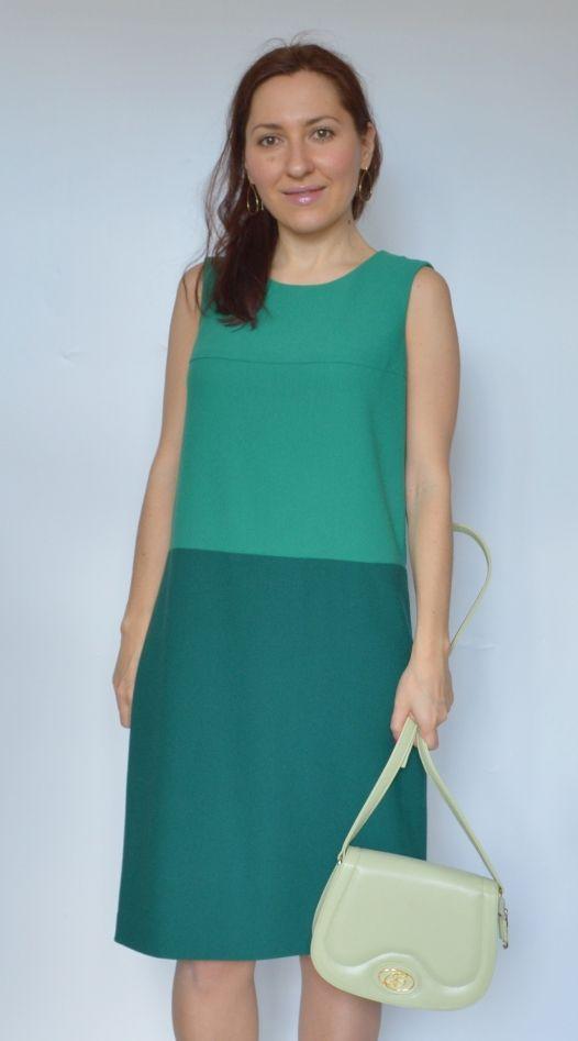 Надежда: Платье из смесового крепа двух оттенков зеленого цвета...  http://talentssister.blogspot.ru/2017/03/green-dress.html