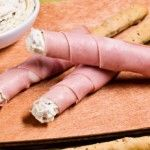 Ricette per bambini: grissini con robiola, mortadella e pistacchi - Ricette per bambini
