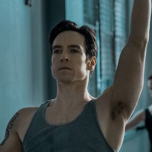 "Sascha Radetsky Looks Back On ""Center Stage"" And Ahead To ""Flesh & Bone"""