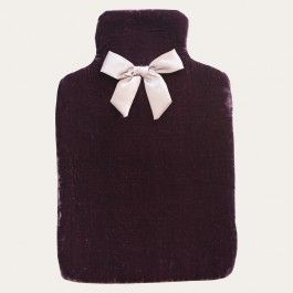 #travelbeautiffuly #redgiveaway @redcurrent Curl up with an opulent velvet hot water bottle with an elegant hand finished satin bow for a touch of pure luxury. In either a gorgeous Plum or Orchid Pink colour, perfect for snuggling up to on a cold winter night and a fabulous gift for someone who needs a little pampering.