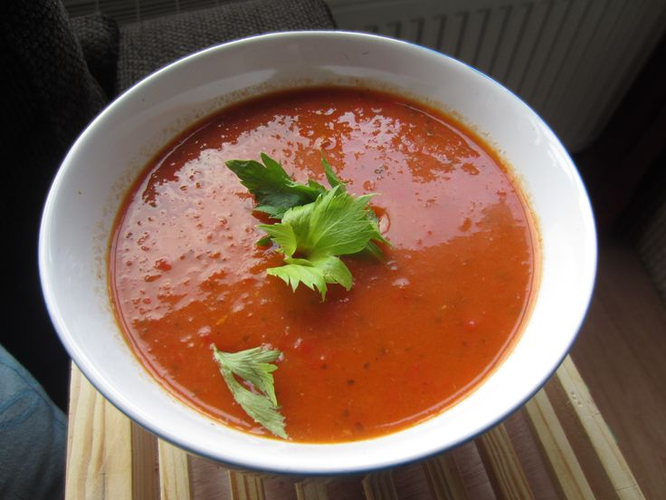 Spicy bell pepper soup