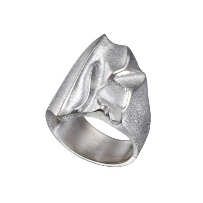 Handmade in Helsinki / Lapponia Jewelry / Kauris Ring / Design: Björn Weckström