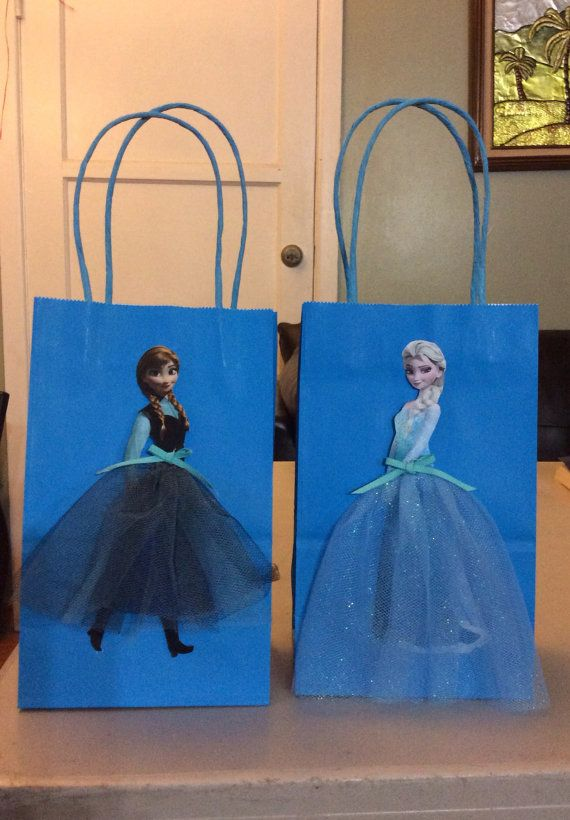 Frozen Disney Birthday Party Favor and Decoration Idea for any princess theme party!