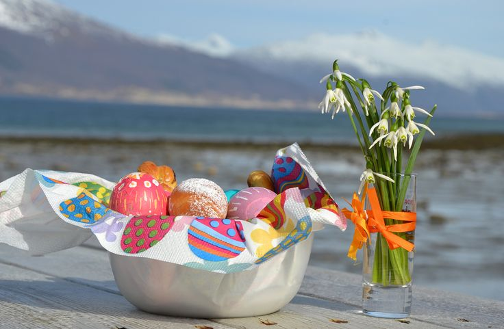 God Paske! Easter in Norway. 2014