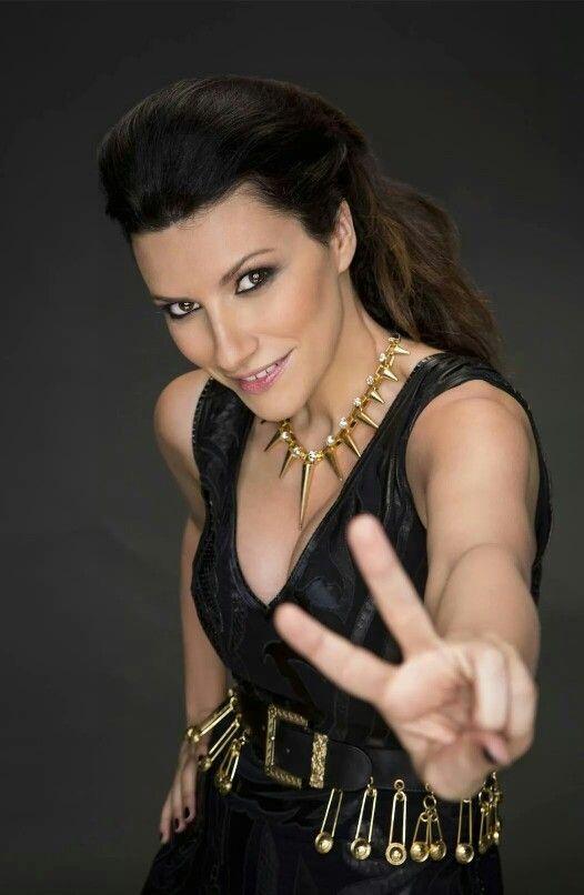 Laura Pausini. ¡Me encanta su cara! / Laura Pausini. I love her face!